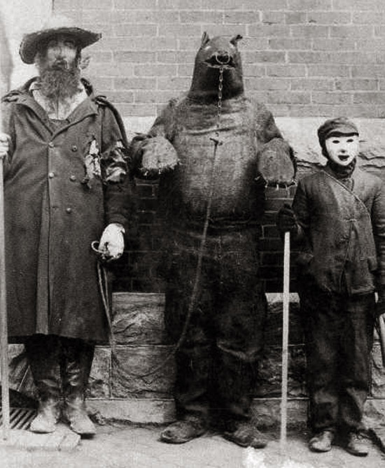 Creepy DIY Halloween Costumes of the Victorian Era » Page 2 of 2
