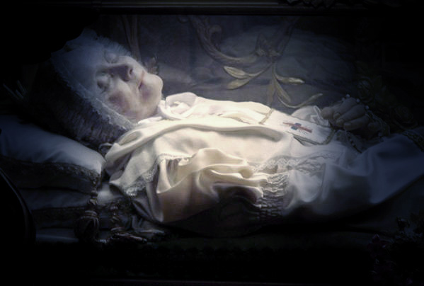 incorrupt corpses  the truth behind the bodies that never
